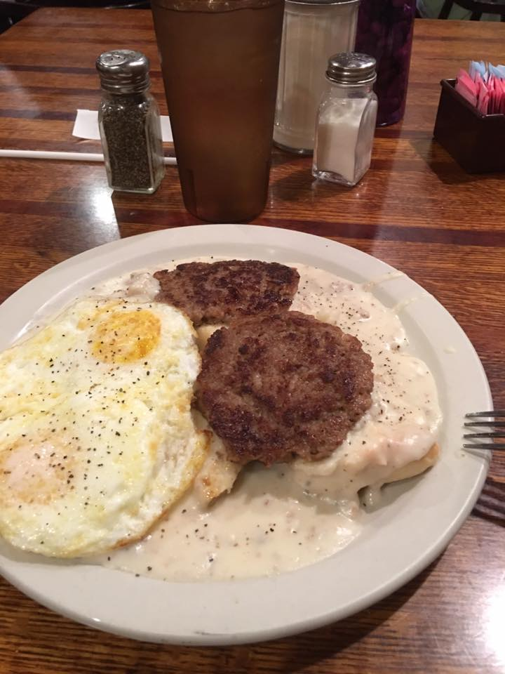 breakfast biscuits gravy sausage patty